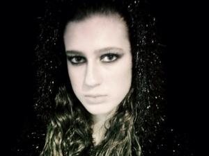 Взеха короната на Мис Турция заради пост в Туитър