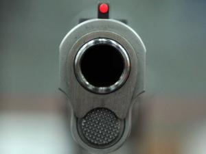 Убийство край Пловдив! Баща застреля сина си в сърцето и главата