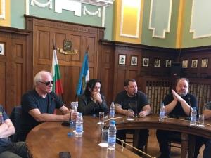 Легендарните Мерилиън в Пловдив: Заклеймяваме Брекзит!