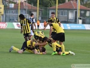 Ботев превзе Пловдив след класика срещу 10 от Локо