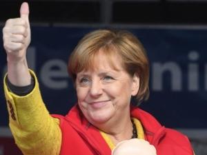 Германия реши: Меркел ще управлява четвърти мандат ВИДЕО