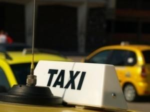 Спипаха таксиметров шофьор без книжка и разрешително в Пловдивско