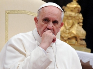 Обвиниха папата... в ерес!
