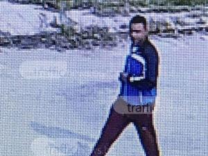 Непознат нахлу в къща край Пловдив докато стопанката е вътре, камера го засне ВИДЕО