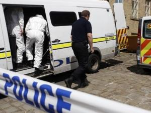Един убит и шестима ранени при нападения в Англия