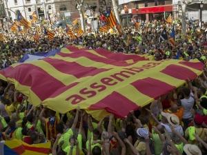 Напрежение в Барселона - стрелба и четирима ранени
