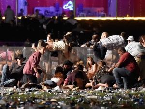 Убитите в Лас Вегас вече са над 50! Мистериозна жена крещяла: Вие всички ще умрете! ВИДЕО
