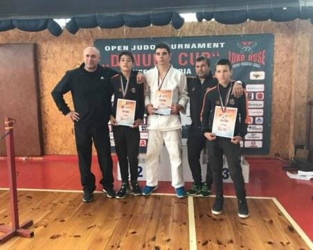 8 медала за пловдивските надежди в джудото на силен турнир в Русе
