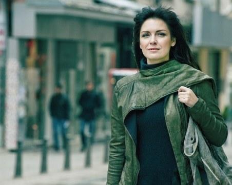 Жени Калканджиева възвръща младостта си с уникални процедури