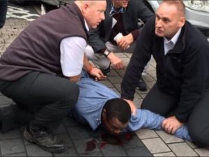 Кола връхлетя върху хора в Лондон, няколко души са ранени