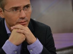 Джамбазки за ултиматума на Валери Симеонов: Не е много умно да се обявява война на медиите
