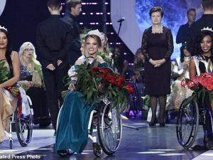 Красотата не познава граници! Ето я новата Мис свят в инвалидна количка СНИМКИ