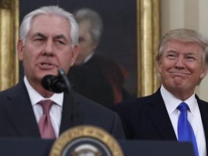Тръмп предизвика държавния секретар да си премерят… коефициентите на интелигентност