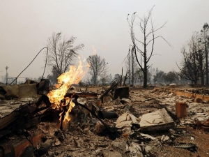 Жертвите на огнения ад в Калифорния растат! Загиналите вече са 17, евакуираните - 20 хиляди