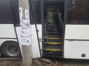 Бързи и яростни край Пловдив! Пияни хлапета задигнаха автобус и катастрофираха с него