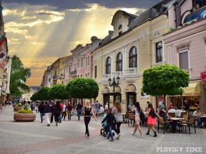 Израелци и испанци превзеха Пловдив, над 110 хиляди нощувки са отчетени само за август