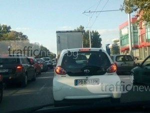 100 000 коли влизат всеки ден в Пловдив! Още 150 000 са регистрирани под тепетата