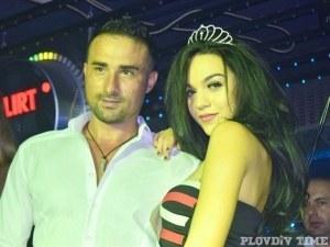 Красива брюнетка грабна титлата Мис Топ лице на Пловдив СНИМКИ