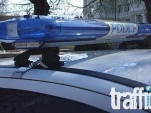 Двама дрогирани, един хитрец и един класически нарушител на пътните правила се запознаха с полицейската палка