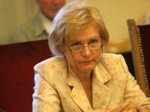 Менда Стоянова: Бюджетът няма да е постна пица, ако няма луканка, ще сложим обилно пармезан