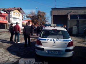 Шекер махала под наблюдение! Полицаи ще следят отблизо за спазването на реда СНИМКИ