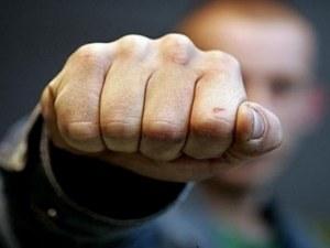 Бандит нападна пловдивчанин на улица в Кючука, отмъкна му чантата