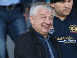Бившият собственик на Локо Пд: Отвратен съм от лъжите на Крушарски