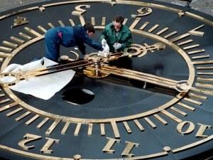 Българка се обяви против смяната на времето, започва подписка