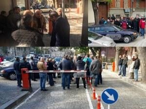 Протестиращи искат оставката на зам.-кмета Велев заради Стария град ВИДЕО