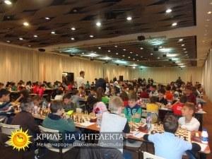 """Близо 500 деца от 5 държави в шахматния фестивал """"Криле на интелекта"""" СНИМКИ"""