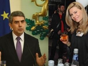 Първата обща снимка на Плевнелиев и Деси Банова заля интернет