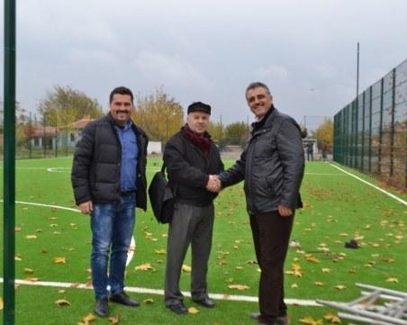 Страхотна спортна база посреща Игрите на малките селища в Маноле