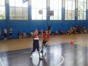 Академик Бултекс 99 прави детски училищен турнир по баскетбол