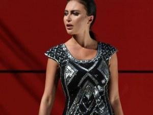 Лили Ангелова съветва: Какво да облечем, за да бъдем звездата на фирменото парти СНИМКИ