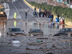 Проливни дъждове и днес в Гърция, все още има изчезнали хора