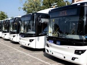 Автобусите вече с видеорегистратори, а пътниците с колани