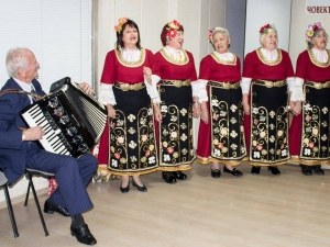 Прочут пловдивски акордеонист празнува 70 години на сцената