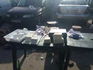 Акция на Руския пазар! Инспектори удариха търговци на риба и сирене