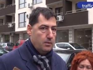 Кметът Тотев: Платеното паркиране срещу 20 лева със сигурност остава ВИДЕО