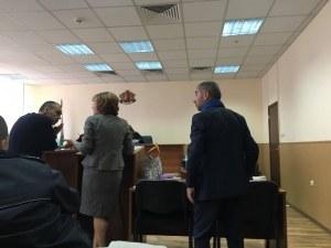 Емил Власов пред съда: Ако остана в ареста съм обречен на фалит