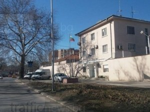 Протест в затвора в Пловдив! Надзирателите излизат на улицата