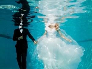Вече влюбените ще могат да си казват ДА...под вода! СНИМКИ
