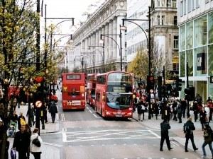 Част от автобусите в Лондон ще се задвижват с утайка от кафе