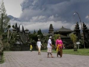 Край на блокадата, летището в Бали отвори врати