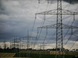Скъп или евтин е токът в България?