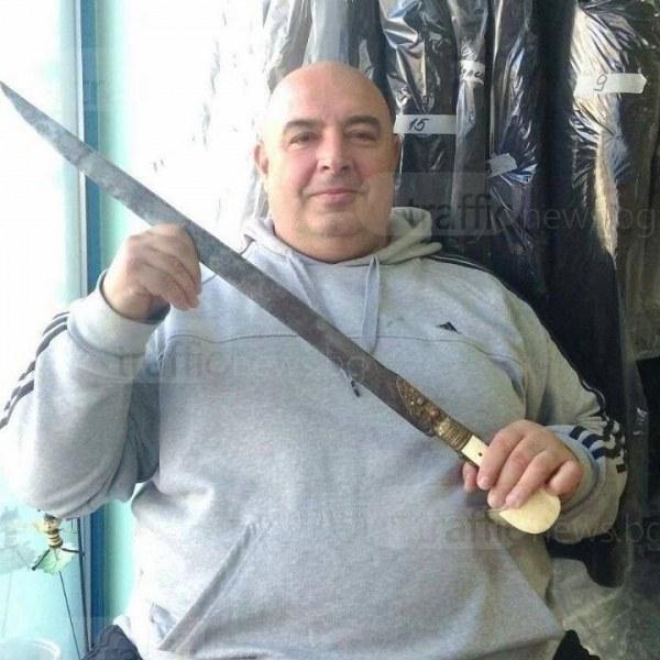 Търговецът Оскар, арестуван с 3 пистолета: Нямаше друг начин да се защитя
