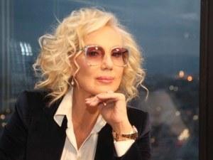 Лепа Брена отмени концерта си в София поради лекарска забрана