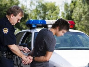 18-годишният Филип от интернат, който е осъждан 8 пъти, отново с обвинение за кражба
