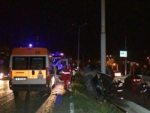 Двама гинат в тежка катастрофа, колата е смачкана до неузнаваемост