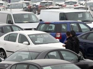 Невероятно, но факт: Българинът дава повече пари за колата си, отколкото за дома